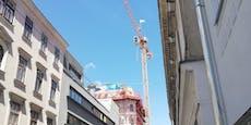 Wega rettete 51-Jährigen von Kran in Wien-Neubau