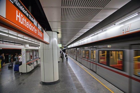 Zwischen den U3-Stationen Hütteldorfer Straße und Ottakring ist während der Sanierungsarbeiten ein  Pendelzug unterwegs.