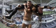 Virtuelle Challenge: Kämpfe wie Wrestler Peter White!