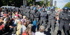 20.000 Corona-Gegner marschieren in Berlin auf