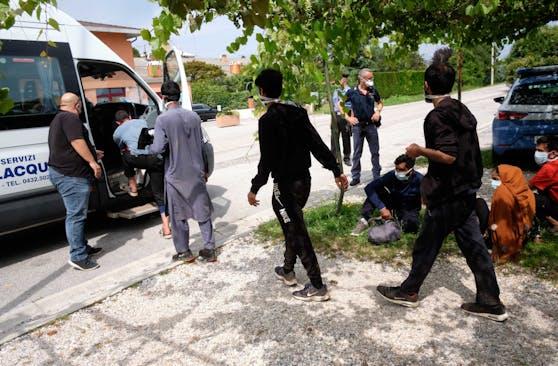 illegale Einwanderung über die Balkanroute in Italien