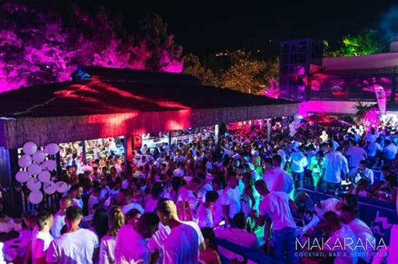 Die Makarana Bar in Makarska (Kroatien)