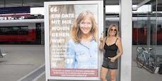 Wienerin sucht mit Plakat nach ihrem Traummann
