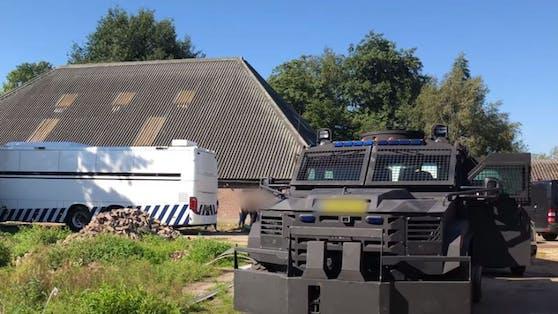 Die umfunktionierte Reitschule liegt ca 120 km nordöstlich von Amsterdam.