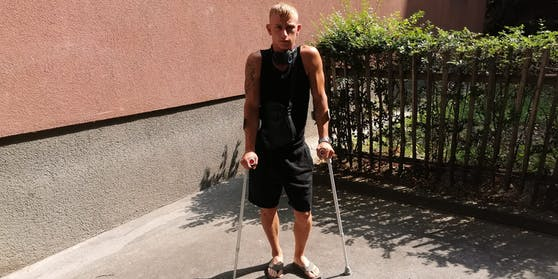 Von Securitys geprügelt: David (25).