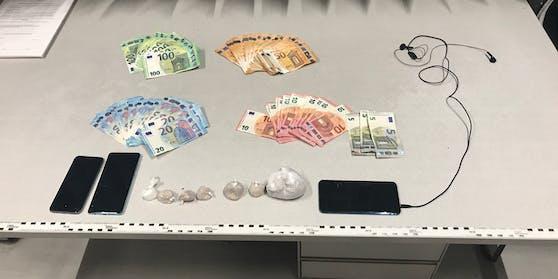 Ein mutmaßlicher Drogendealer wurde von der Polizei gestoppt (11. August 2020)