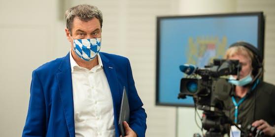Bayerns Ministerpräsident Markus Söder ist sauer wegen einer Bleistift-Panne.