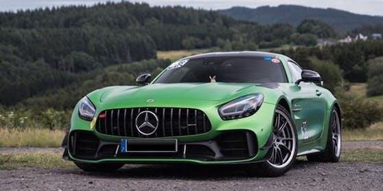 Dieser Mercedes AMG GT-R wurde gestohlen.