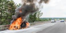 Fahrzeug auf A2 völlig ausgebrannt
