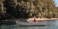 Tragisch! 18-Kilo-Fisch erschlägt 56-jährigen Angler