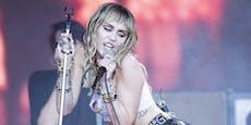 Miley Cyrus trauert mit bewegendem Song um ihre Hündin