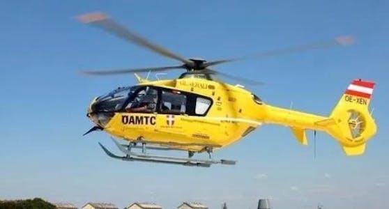 Der Verunfallte (63) wurde mit lebensgefährlichen Verletzungen ins Spital geflogen. (Symbolbild.)