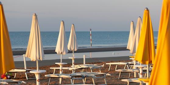 Viele Urlauber bangen um ihren Sommerurlaub in Italien.