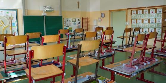 Noch sind die Klassen an den Schulen leer.