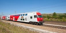 Jugendlicher rauchte in Zug und attackierte Schaffner