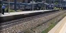 Zug bei Mailand entgleist:Drei Verletzte