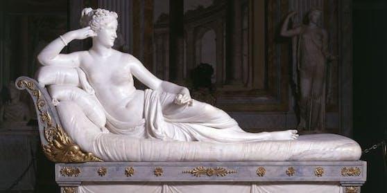 Pauline Borghese (Paolina Bonaparte) als Siegreiche Venus, ca. 1805–1808, Marmorskulptur von Antonio Canova
