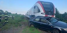 Zug schleifte Pkw 200 Meter mit