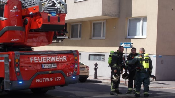 Die Feuerwehr rückte zum Einsatz in der Rodlergasse aus.
