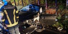 Alko-Radler flieht und schrottet gestohlenes Auto