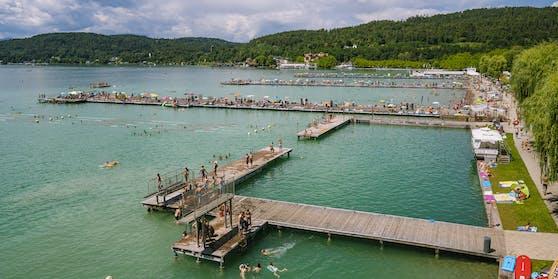Strandbad Klagenfurt am Wörthersee. Aufgenommen a, 20. Juli 2020