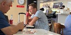 Wurde Kreml-Kritiker Nawalny hier mit Tee vergiftet?