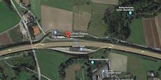 Vater vergaß Tochter (13) auf Autobahn-Rastplatz