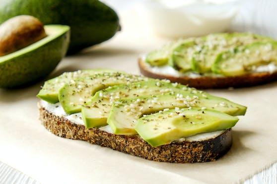 Von wegen nur gesund: Avocado und Co. können auch negative Auswirkungen auf die Gesundheit haben.