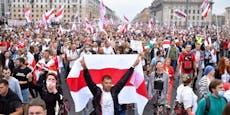 Weißrussland: 10.000 Menschen gegen Lukaschenko