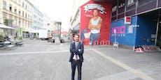 Bezirkschef zeigt mit Riesen-Graffiti Humor