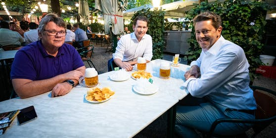 ÖGB-Präsident Wolfgang Katzian, Bundeskanzler Sebastian Kurz und WKÖ-Präsident Harald Mahrer im vergangenen Sommer (Handout-Foto)