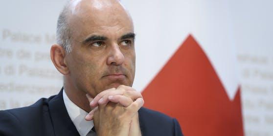 Der Schweizer Gesundheitsminister Alain Berset mahnte die Bevölkerung, die Schutzmaßnahmen umzusetzen.