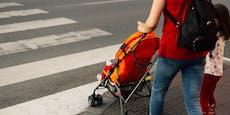 Pkw auf Schutzweg geschleudert, 2 Kinder schwerverletzt