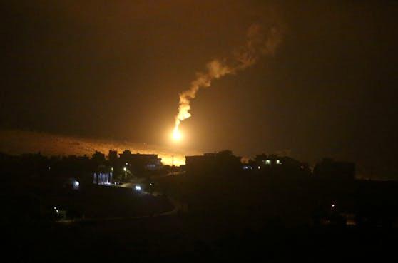 Israel greift nach Schüssen auf israelische Soldaten Ziele im Libanon an.