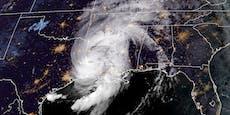 """Bis zu 240 km/h: Hurrikan """"Laura"""" hat Festland erreicht"""