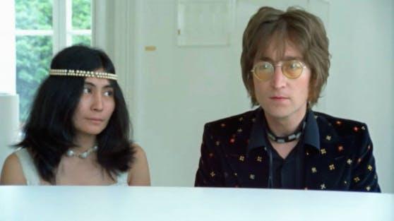 """Die Friedenshymne """"Imagine"""" von John Lennon und Yoko Ono wurde ein Welthit. Der Ausnahme-Musiker hätte in diesem Jahr seinen 80. Geburtstag gefeiert."""