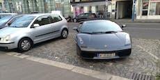 Wiener parkt Lamborghini gleich auf zwei Parkplätzen