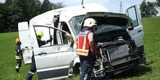 Nach Unfall: Verletzte müssen Kilometer zu Fuß gehen