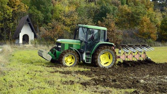 Traktor (Symbolbild)