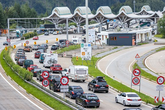 Kontrollen am Grenzübergang Karawankentunnel in Kärnten (16. August 2020)