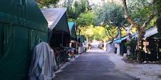 Baum stürzt auf Zelt, tötet Schwestern auf Campingplatz