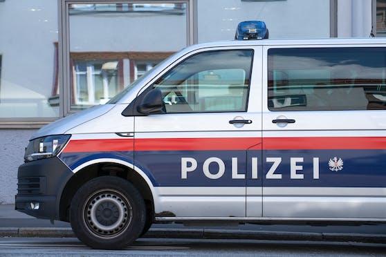 Die Polizei nahm den mutmaßlichen Einbrecher vorläufig fest. Symbolbild.
