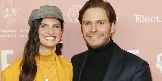 Daniel Brühl und seine Frau Felicitas sind wieder Eltern geworden.