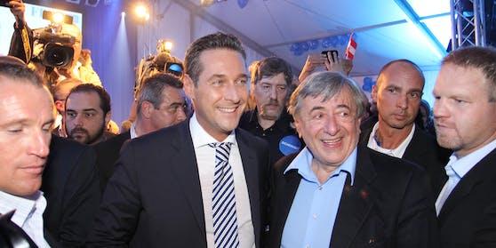 Langjährige Beziehungen: Strache und Lugner im FPÖ-Zelt zur Wien-Wahl 2010