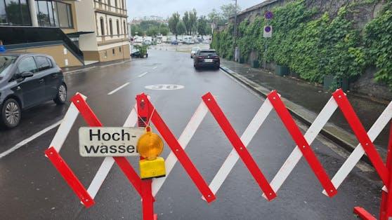 Die Straße zum Urfahrmarktgelände wurde vorsorglich abgesperrt.
