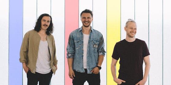 """Das Trio präsentiert seinen neuen Song """"Immer Wieder""""."""