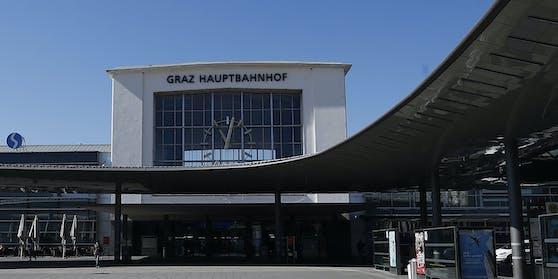 Am Grazer Hauptbahnhof kam es am Montagabend (04.08.2020) zu einer sexuellen Belästigung und gefährlichen Drohung.
