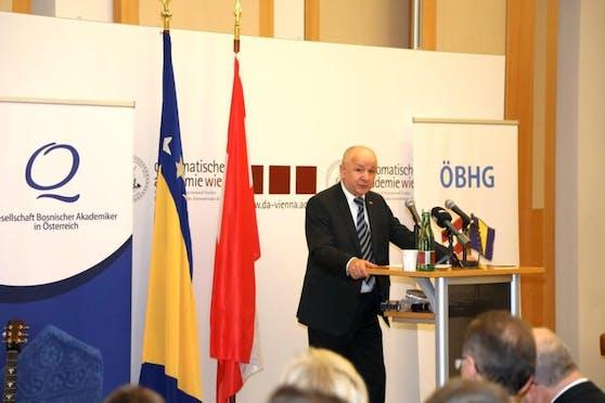 Sirađ Duhan, einer der Gründer der Gesellschaft Bosnischer Akademiker in Österreich