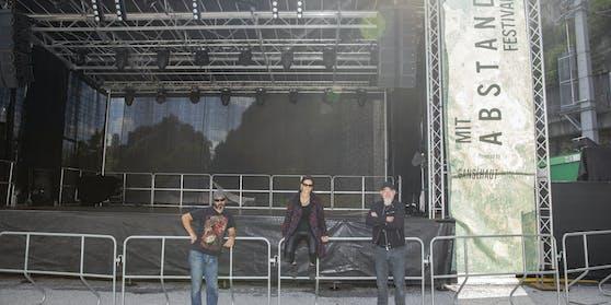 """Die Initiatoren des """"Mit Abstand Festivals"""" (von links): Mike Sailer, Sonja Altenburger und Markus Klotz."""