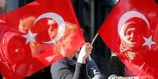 Türken-Kulturverein wegen Wolfsgruß angezeigt
